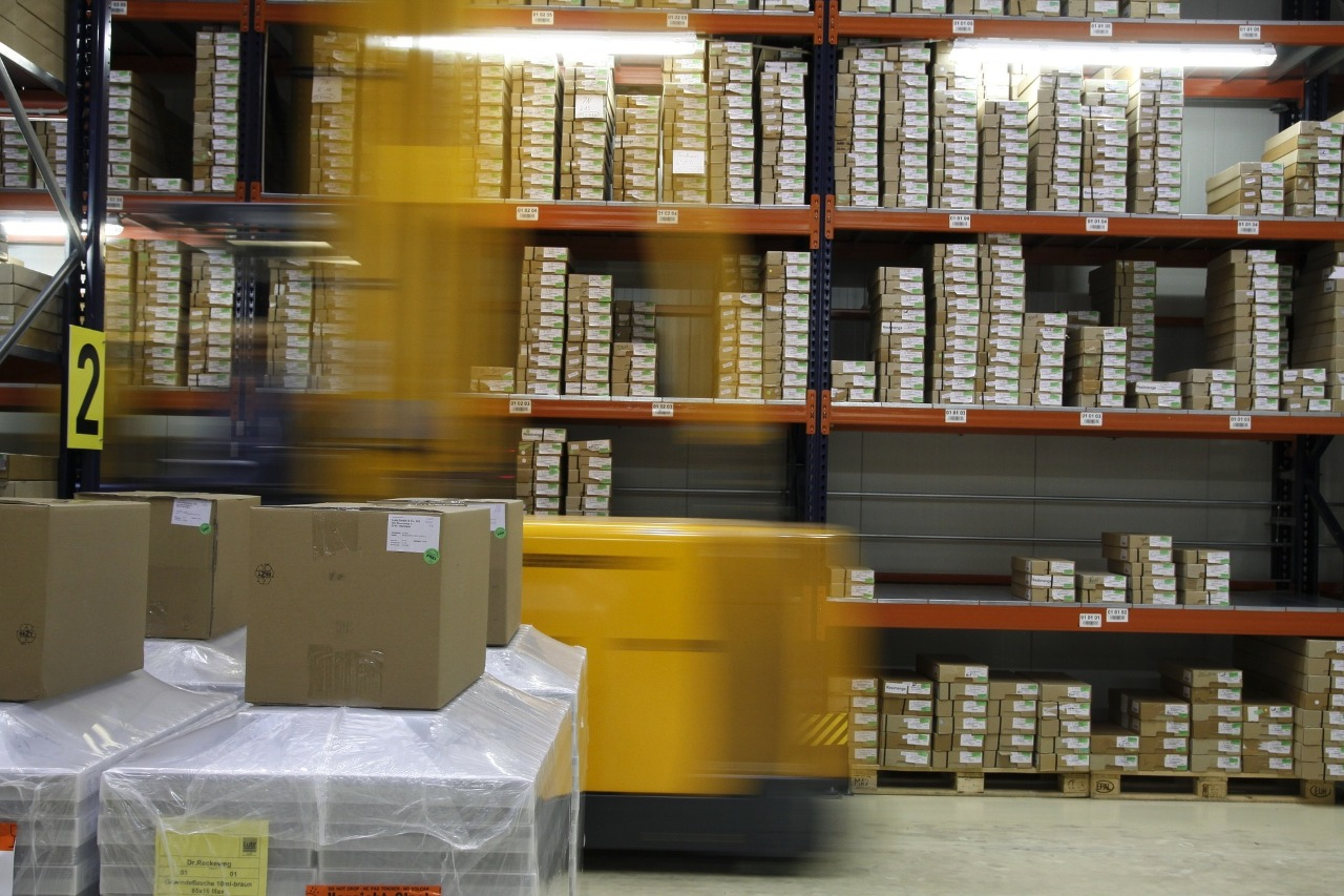 Supercharging your e-commerce growth by partnering with the right fulfilment provider like WareIQ
