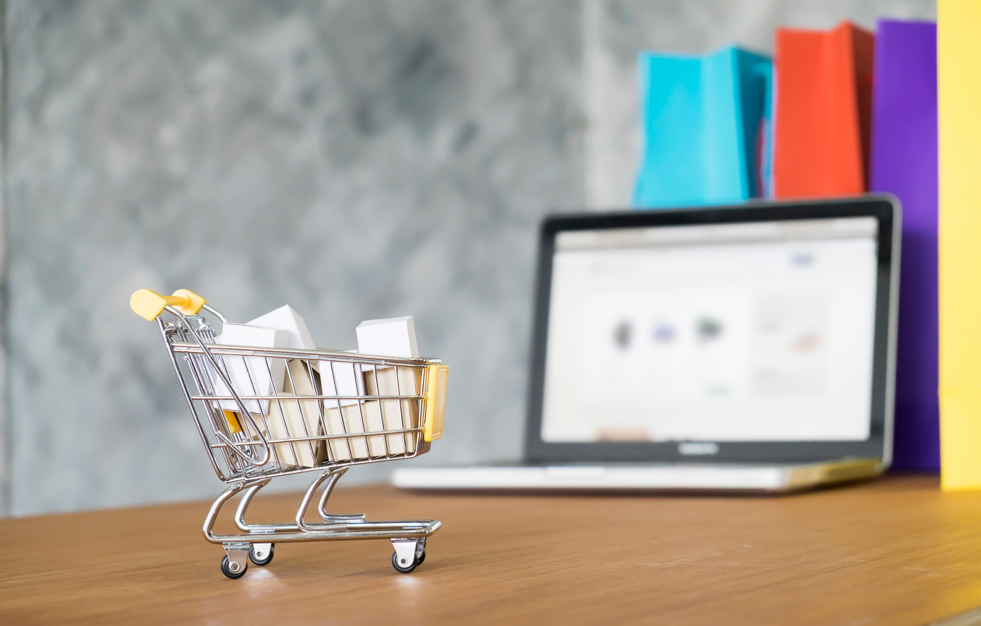 Why e-commerce and D2C businesses choose 3PL for their fulfilment needs